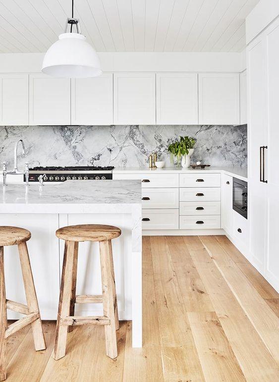 paraschizzi cucina marmo