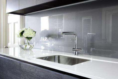 paraschizzi cucina vetro